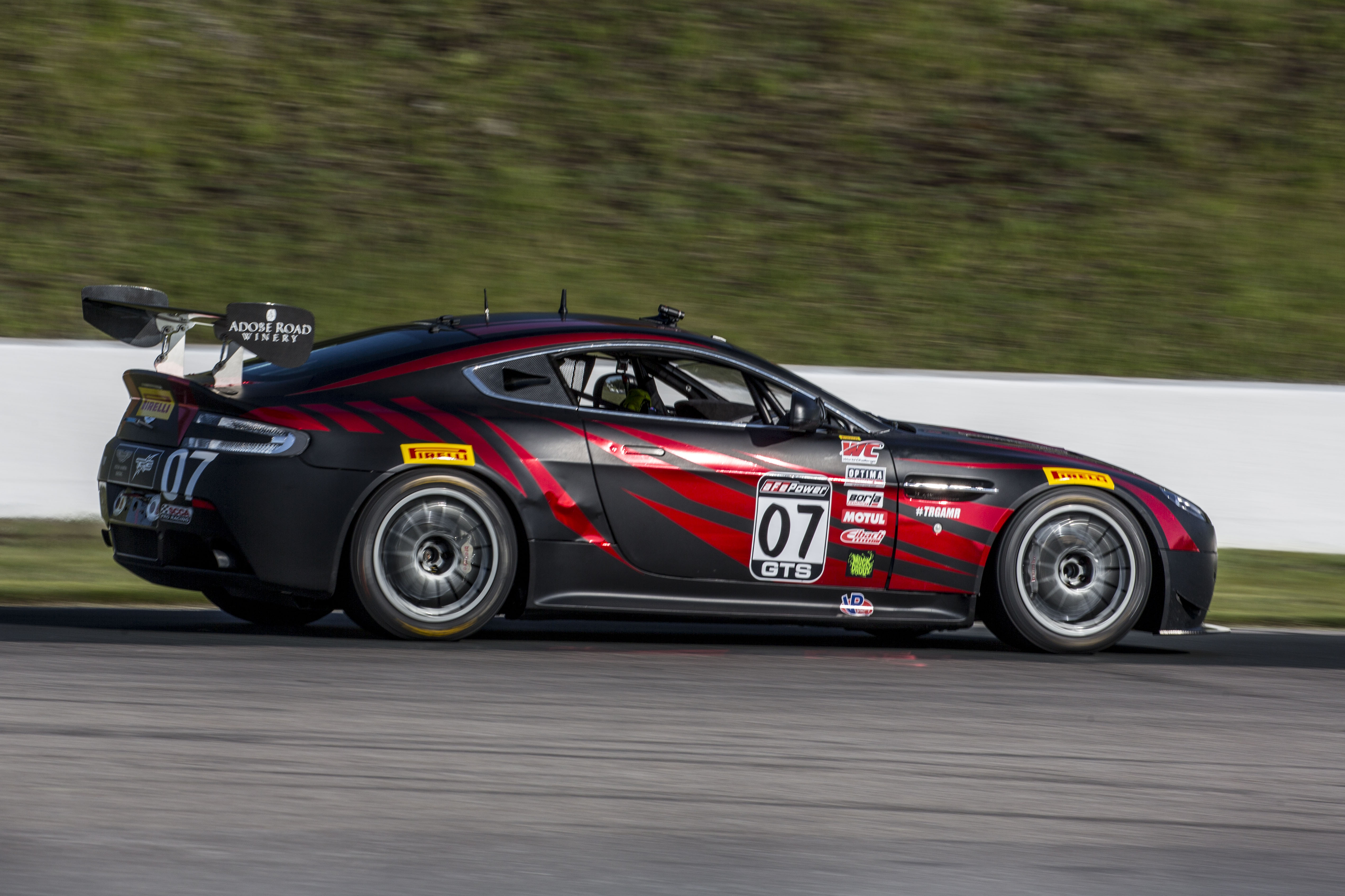2017 Aston Martin V8 Vantage Gt4 The Racers Group High Performance Racing Parts Service And Vinyl In North Bay